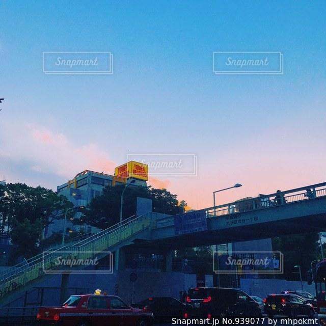 渋谷の夕暮れ時の写真・画像素材[939077]