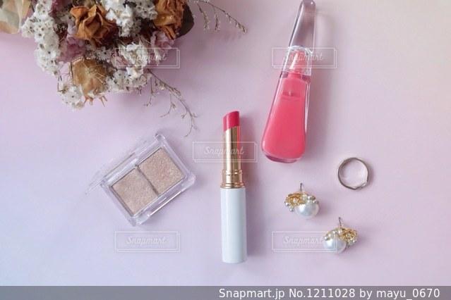 ピンクコスメの写真・画像素材[1211028]