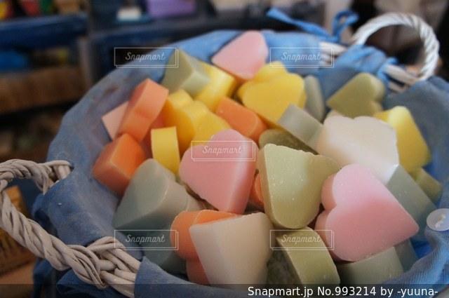 ハート型の石鹸の写真・画像素材[993214]