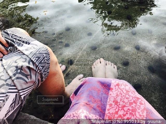 足湯デートの写真・画像素材[995013]