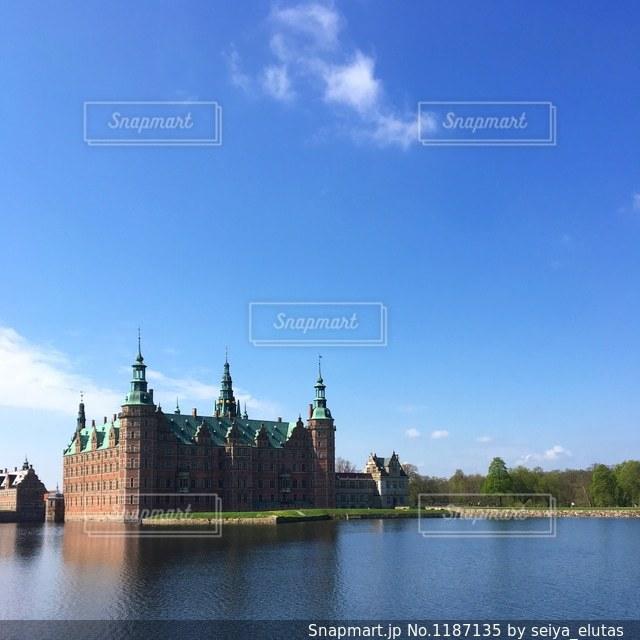 デンマークにある城、フレデリクスボー城🇩🇰の写真・画像素材[1187135]