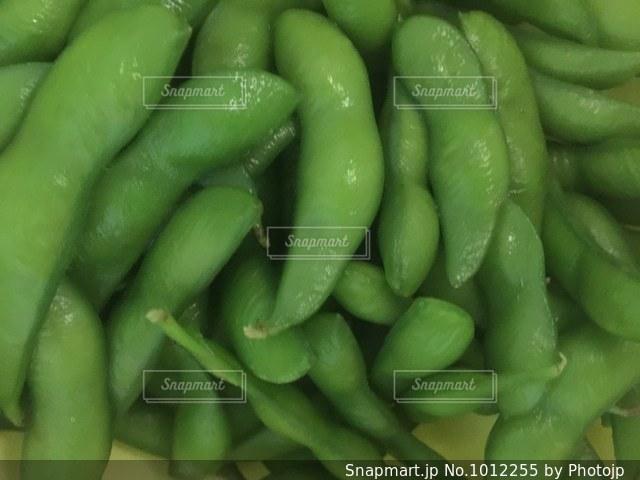 塩茹でした枝豆の写真・画像素材[1012255]