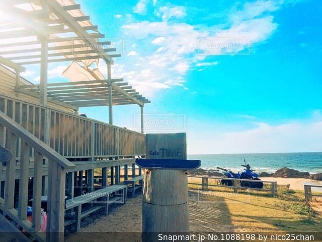 海辺のカフェの写真・画像素材[1088198]
