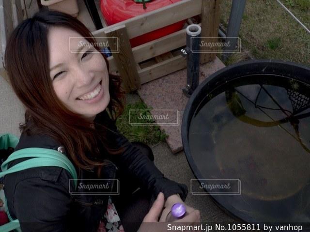 笑顔の素敵な女性の写真・画像素材[1055811]