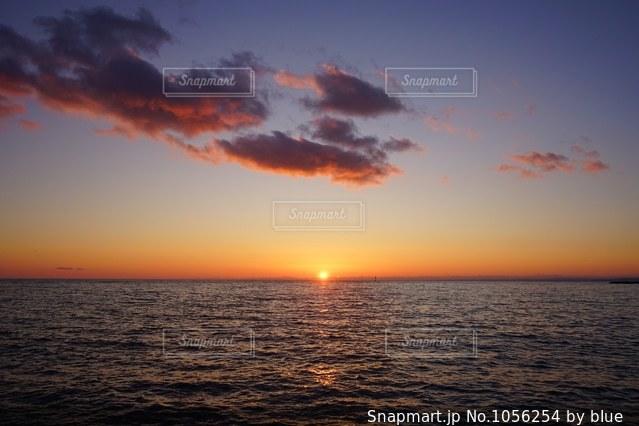 夕陽の写真・画像素材[1056254]