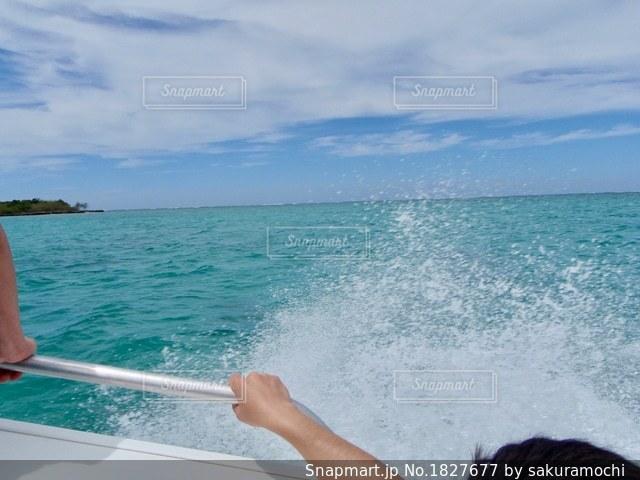 ニューカレドニアブーライユの海のツアー/無人島グリーン島でシュノーケリングの写真・画像素材[1827677]
