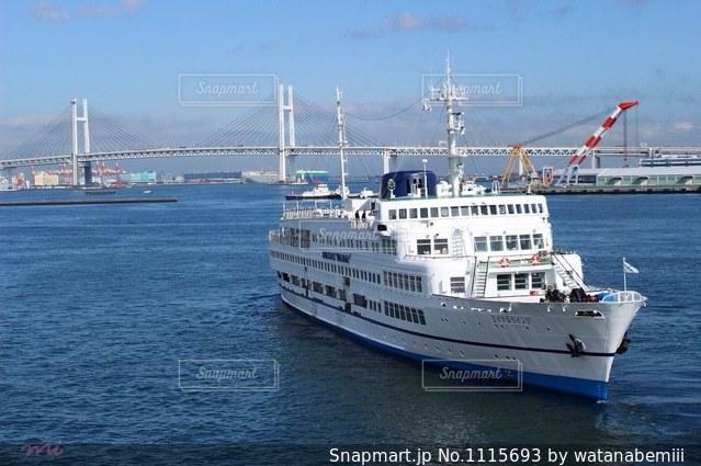 水体の大型船の写真・画像素材[1115693]