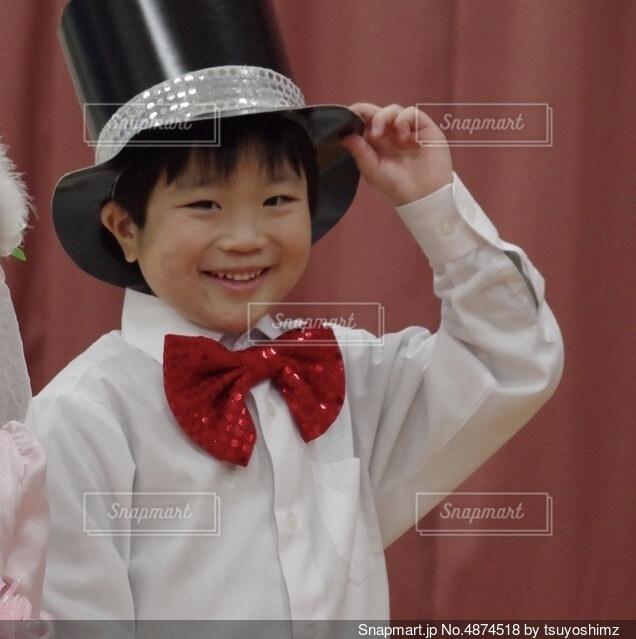 帽子をかぶった子の写真・画像素材[4874518]