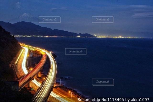 富士山と東名高速道路の写真・画像素材[1113495]