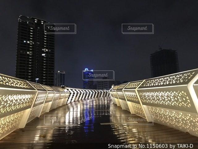 雨と高尾の夜景の写真・画像素材[1150603]
