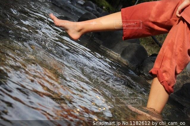 足湯でパシャの写真・画像素材[1182612]