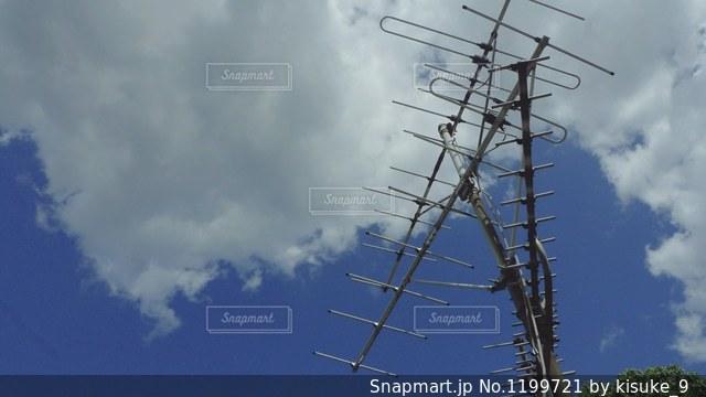空には雲のグループの写真・画像素材[1199721]