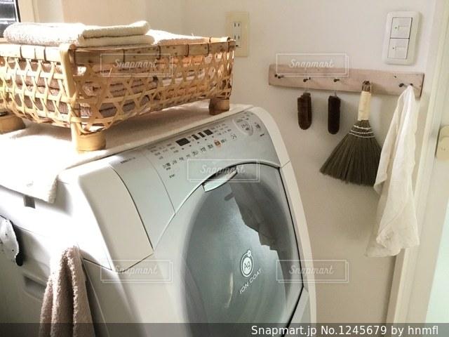洗濯機の写真・画像素材[1245679]