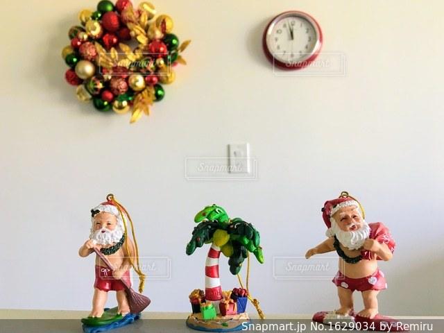 ハワイアン サンタクロースの写真・画像素材[1629034]