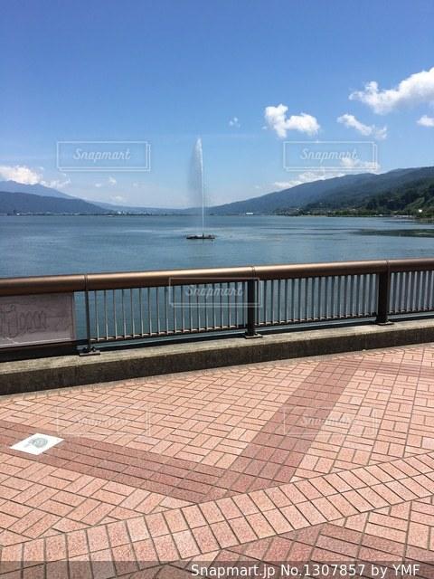 諏訪湖の噴水の写真・画像素材[1307857]