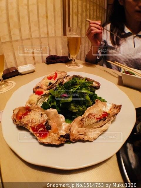 牡蠣のグリル(๑˃̵ᴗ˂̵)美味しくいただきました✨の写真・画像素材[1514753]