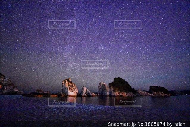 浄土ヶ浜の星空の写真・画像素材[1805974]