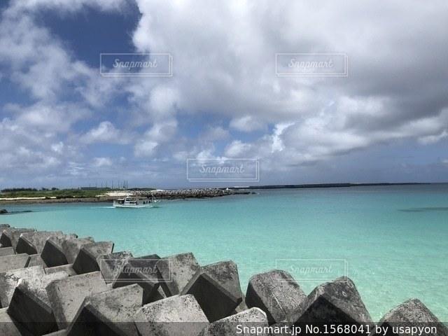 喜界島の港の写真・画像素材[1568041]