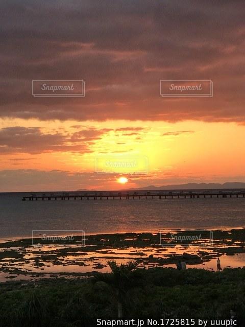 夕陽の写真・画像素材[1725815]