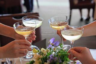 女性,花,結婚式,ワイン,グラス,乾杯,ドリンク,白ワイン