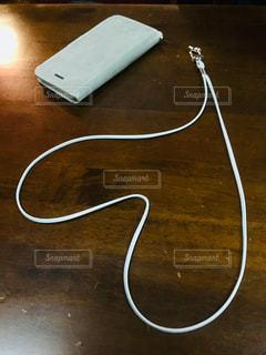 テーブル,ハート,グレー,携帯,ネックストラップ
