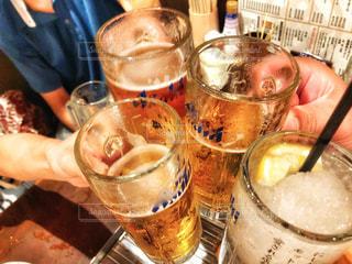 女性,男性,屋内,手,指,人物,人,夫婦,グラス,ビール,店内,焼酎,乾杯,ドリンク,居酒屋,ジョッキ,アサヒ,サワー,4人,生中,シャリシャリ,かんばい