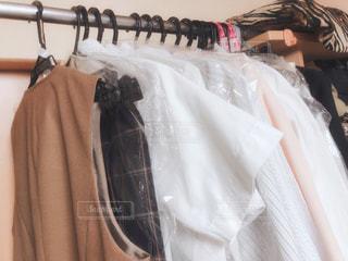春,屋内,日常,洋服,生活,制服,ライフスタイル,収納,長袖,半袖,衣替え,整理整頓
