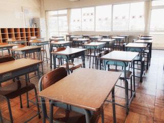 入学した日の教室の風景の写真・画像素材[4349138]