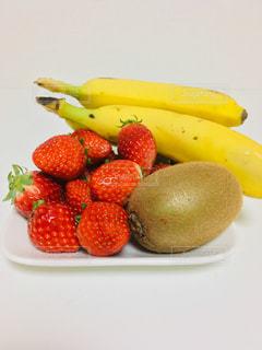 バナナいちごキウイの写真・画像素材[1785707]