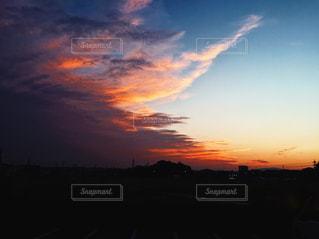 雲と空と影の写真・画像素材[1860364]