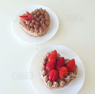 ハートのチョコレートケーキの写真・画像素材[1779935]
