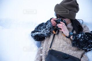 男性,雪,白,雪景色,外,白川郷,ホワイト,フィルムカメラ,岐阜県,ダイブ,ユネスコ世界遺産,雪まみれ