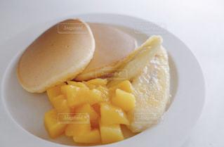 食べ物,パンケーキ,朝食,マンゴー,果物,ワンプレート,おやつ,昼食,ホットケーキ,フレッシュ,バナナ,フレッシュフルーツ