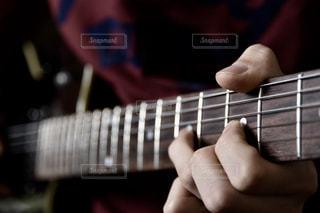 ギターの写真・画像素材[2069165]