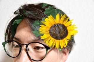 帽子と眼鏡をかけている人の写真・画像素材[2276968]