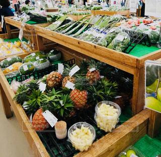 食べ物,フルーツ,果物,色,食材,場所,写ってるもの