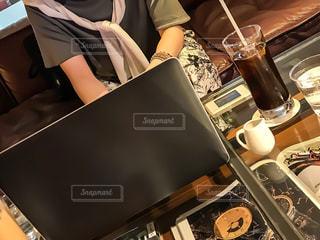 カフェでの1日の写真・画像素材[2327004]