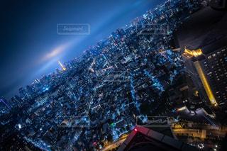 夜の街の眺めの写真・画像素材[2732473]