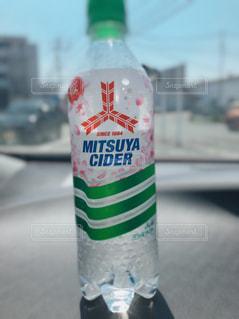 ボトルのクローズアップの写真・画像素材[2095342]