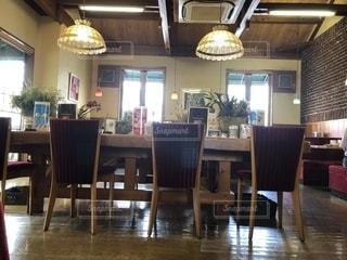 食堂のテーブルの写真・画像素材[2264894]