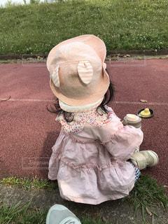 公園,屋外,ピンク,後ろ姿,女の子,人物,人,後姿,休日,休み,1歳,一歳