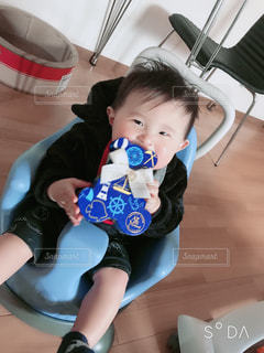かわいい,人物,人,赤ちゃん,可愛い,甘い,幼児,バレンタイン,美味しい,男の子,8ヶ月,もらった,ハッピーバレンタイン