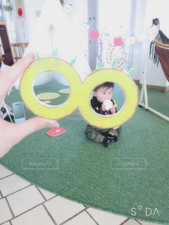 黄色,赤ちゃん,パイナップル,男の子,9ヶ月,黄色フォト