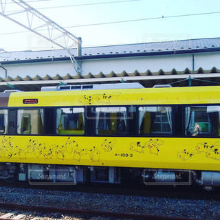 黄色,窓,線路,JR,列車,ピカチュウ,カラー,常磐線,車体,限定,塗装,ラッピング,キハ,原ノ町駅