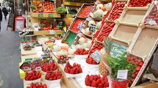 食べ物,赤,ヨーロッパ,フルーツ,果物,フランス,パリ,店,果実,食材