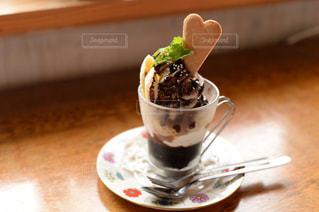 食べ物,スイーツ,屋内,デザート,テーブル,洋菓子,お菓子,チョコレート,カップ,バレンタイン,チョコ,パフェ,菓子,バレンタインデー