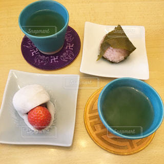 春の和菓子の写真・画像素材[3003608]