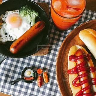 朝食,パン,朝ごはん,ロールパン,ソーセージ,フランクフルト,ジョンソンヴィル