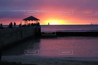 ハワイの夕暮れの写真・画像素材[1862016]