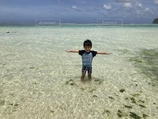 グアム島の海にての写真・画像素材[2108215]